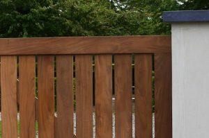Afrormosia als houtsoort voor uw poort | De Poort Expert