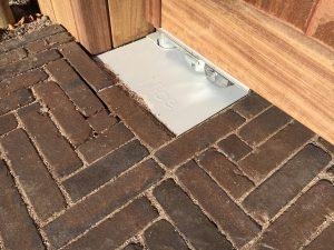 Plaatsing van een houten poort door De Poort Expert